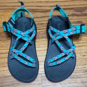 Chaco sandals girls multicolor size 1
